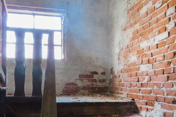 Scala-antica-in-legno