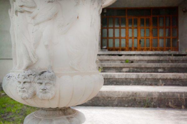 Particolare-statua-ingresso